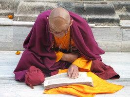 mnich-w-Bodhgaji